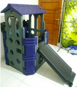 Batman – Playhouse and Slide